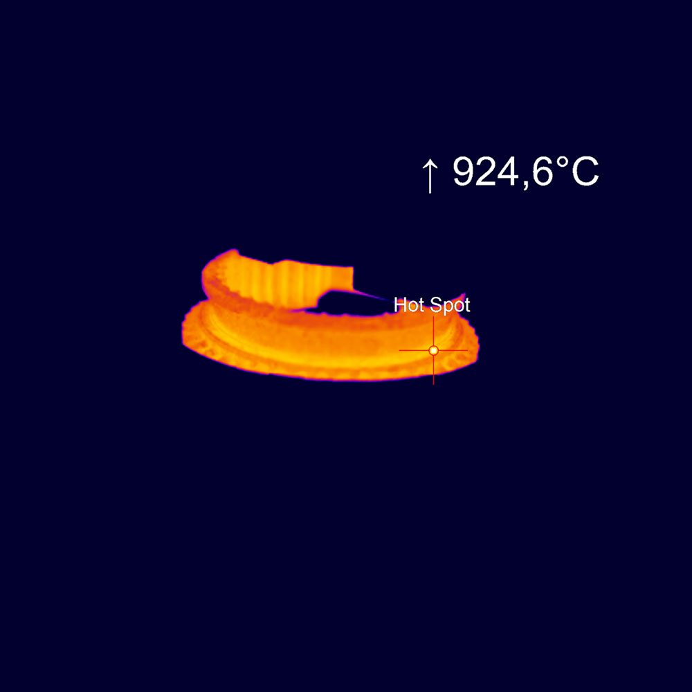 ir-camera-optris-pi-1m-induction-heating.jpg
